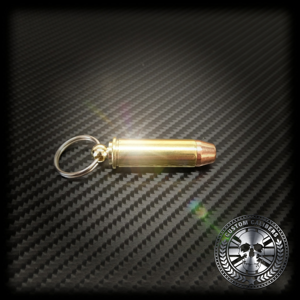 Another truly magnificent image of a 9mm bullet key ring with the custom calibers logo at the bottom right