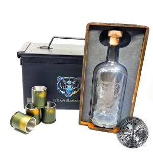 the MK19 GMG grenade gift set showing a whisky bottle and four grenade shot glasses