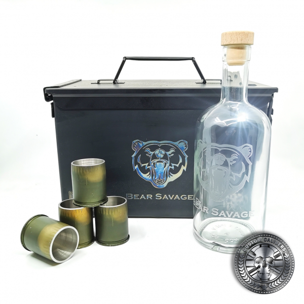 another shot of the MK19 GMG grenade gift set showing a whisky bottle and four grenade shot glasses